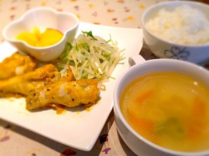 """タンドリーチキン""""愛のスープ付き"""""""