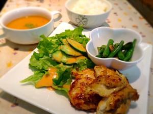 ★鶏の香草焼き定食★