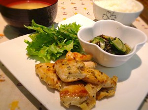 鶏の香草焼き定食